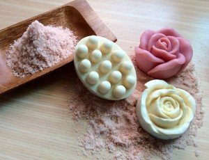 Honey Soap II-Body Scrub & Massage: Honey, Himalayan Pink Salt, Essential Oils